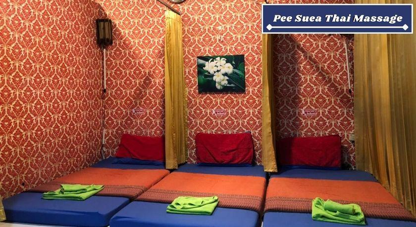 Pee suea thai massage