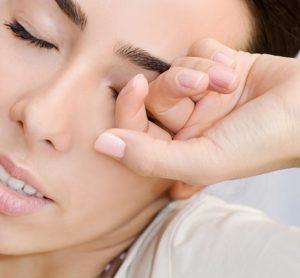 สิ่งที่ควรรู้! ก่อนต่อขนตา และวิธีดูแลหลังต่อขนตา