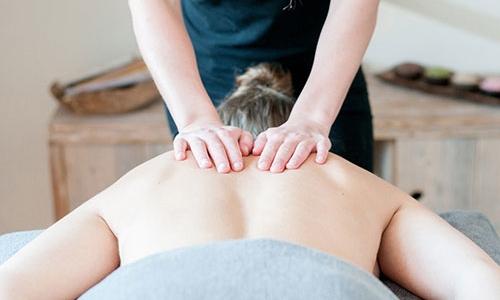 นวดสวีดิช (Swedish Massage)