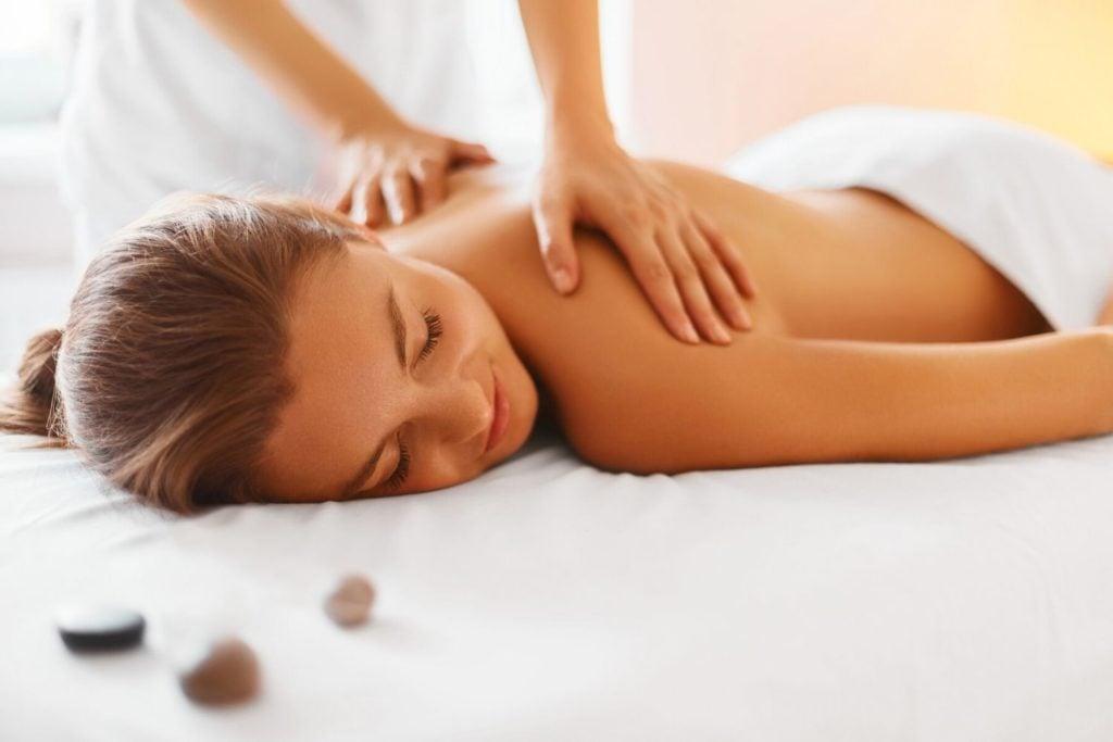 นวดไทย นวดสวีดิช (Swedish Massage)