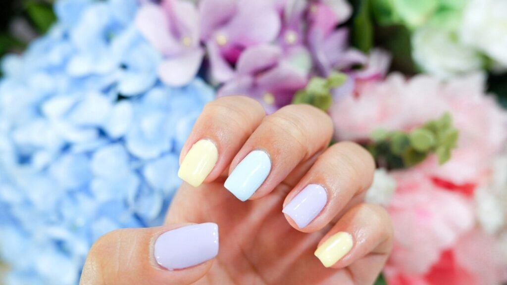 Paperoom Nail Cafe – [REVIEW] Qtica Spa Hands & Feet + Gel Polish (Unlimited Colors) ทำเล็บ ทานอาหาร ชมงานศิลปะ