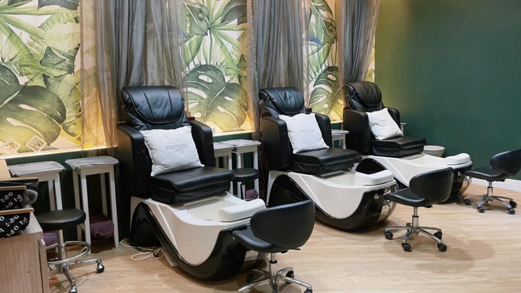 Maison de Nail [REVIEW] รีวิว ทำสวยเสริมดวง 2564 Natural Acrylic Extension + Nail Gel Art Polish & Caronlab Eyebrows Waxing