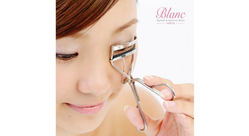 Blanc eyelash salon4