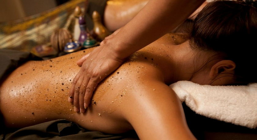 The touch therapeutic massage. 4