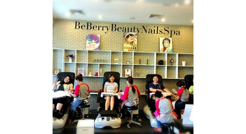 Beberry beauty nails spa 5
