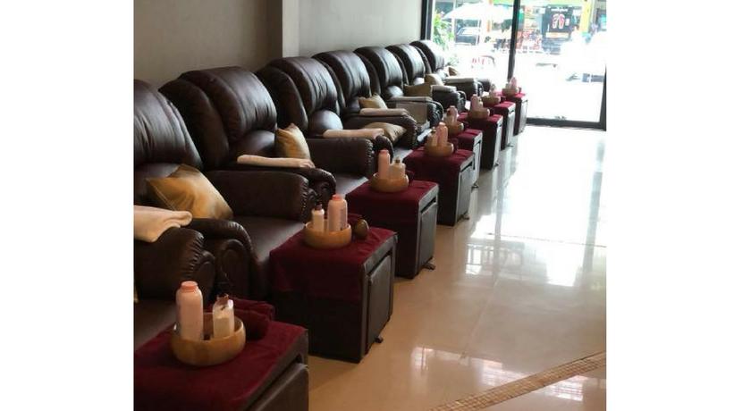 Chillax massage 4