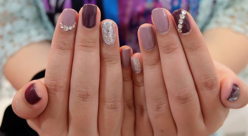 Airly nail 5