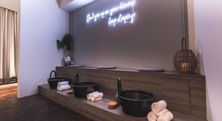 Releaf spa   massage 5